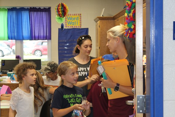 MCES Back to School Hornet Social