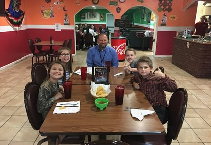 Students Out to Eat with Mr. Gill