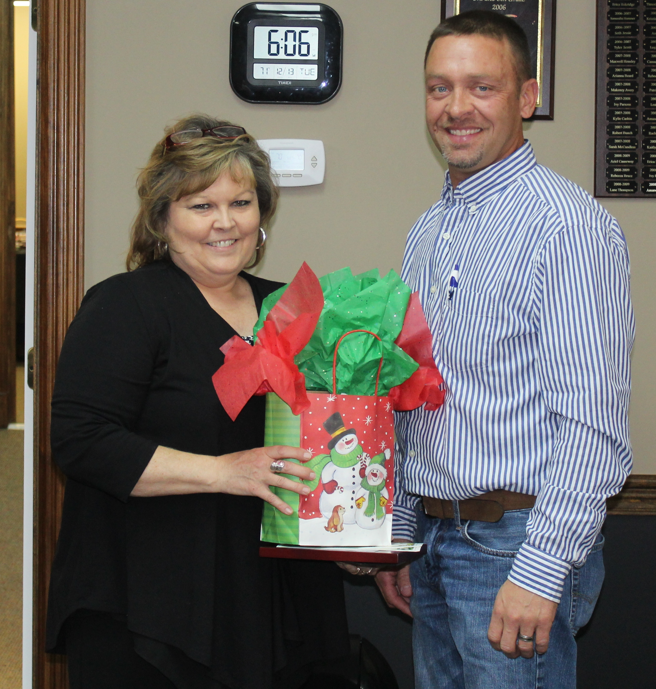 Donna Jessie Recognized As Employee of the Month